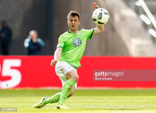 Robin Knoche of VfL Wolfsburg runs with the ball during the Bundesliga match between Hertha BSC and VfL Wolfsburg at Olympiastadion on April 22 2017...