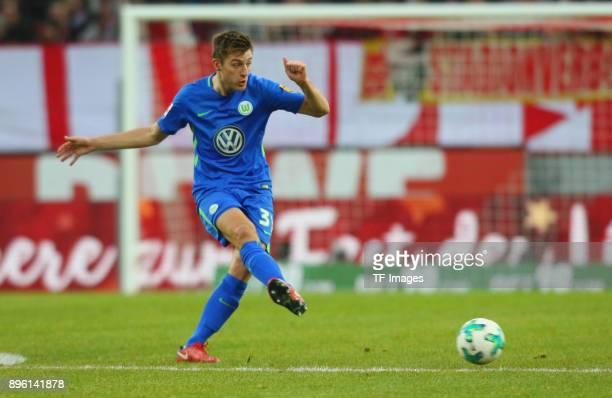 Robin Knoche of Wolfsburg controls the ball during the Bundesliga match between 1 FC Koeln and VfL Wolfsburg at RheinEnergieStadion on December 16...