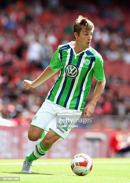 Robin Knoche of Wolfsburg runs with the ball during the Emirates Cup match between VfL Wolfsburg and Villareal at the Emirates Stadium on July 25...