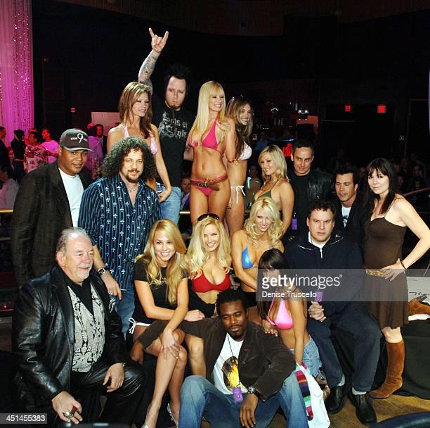 Robin Leach Andruw Jones Joe ReitmanJeremy Popoff Lyriq Bent Gunter Schlierkamp Jeff Garlin Wallace Langham and Annie Duke with the Strip Poker Girls
