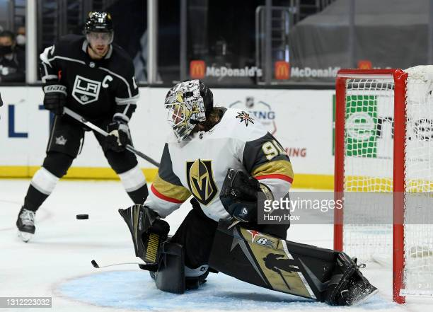 Robin Lehner of the Vegas Golden Knights makes a save in front of Anze Kopitar of the Los Angeles Kings during the second period at Staples Center on...