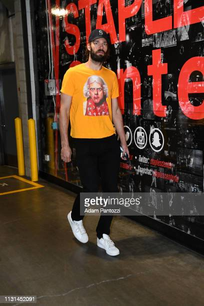 Robin Lopez of the Chicago Bulls arrives to the game against the LA Clippers on March 15 2019 at STAPLES Center in Los Angeles California NOTE TO...