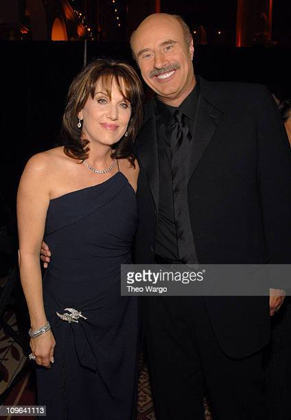 Robin McGraw and Dr Phil McGraw 12766_300 during TNT's Christmas in Washington 2006 Backstage at National Building Museum in Washington District of...