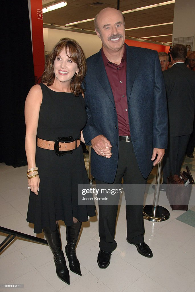 Robin McGraw and Dr  Phil McGraw during Robin McGraw, Wife