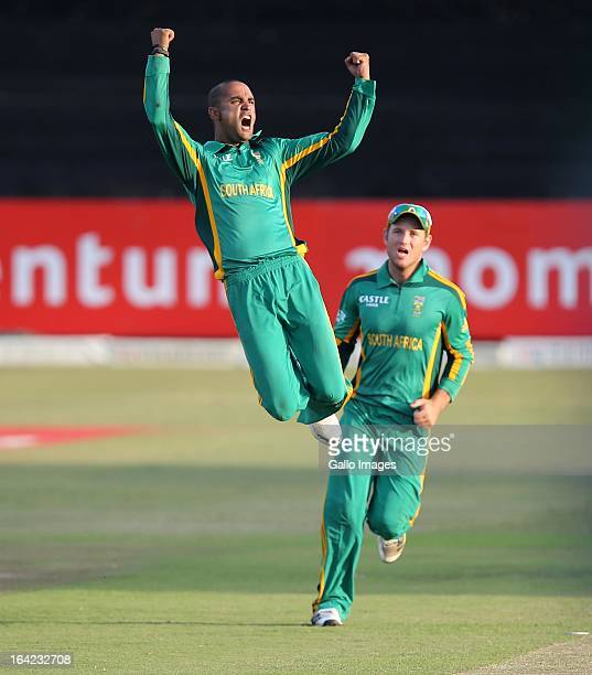 Robin Peterson celebrates during the 4th Momentum One Day International match between South Africa and Pakistan at Sahara Stadium Kingsmead on March...