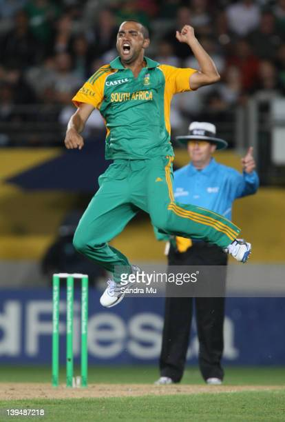 Robin Peterson of South Africa celebrates the wicket of Brendon McCullum of the Black Caps during the International Twenty20 match between New...