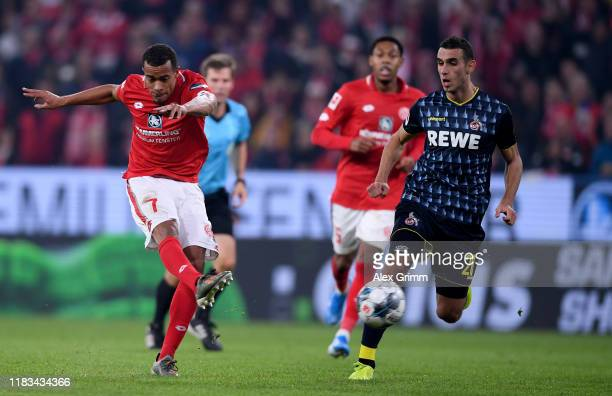 Robin Quaison of 1FSV Mainz 05 scores their second goal during the Bundesliga match between 1 FSV Mainz 05 and 1 FC Koeln at Opel Arena on October 25...