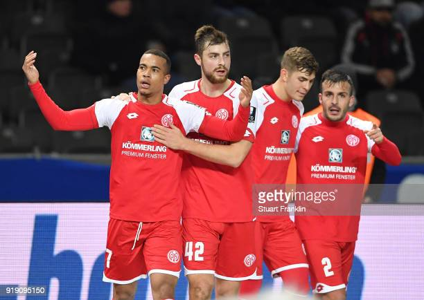 Robin Quaison of Mainz celebrates scoring his goal during the Bundesliga match between Hertha BSC and 1. FSV Mainz 05 at Olympiastadion on February...