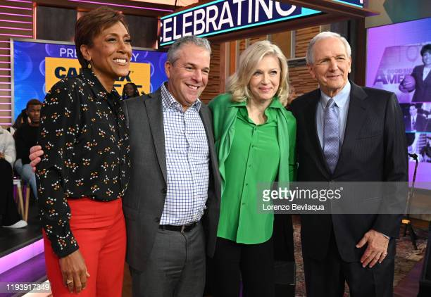 """Robin Roberts celebrates her 30th year with ABC on """"Good Morning America,"""" on Wednesday January 15, 2020 on ABC. ROBIN ROBERTS, MICHAEL CORN, DIANE..."""