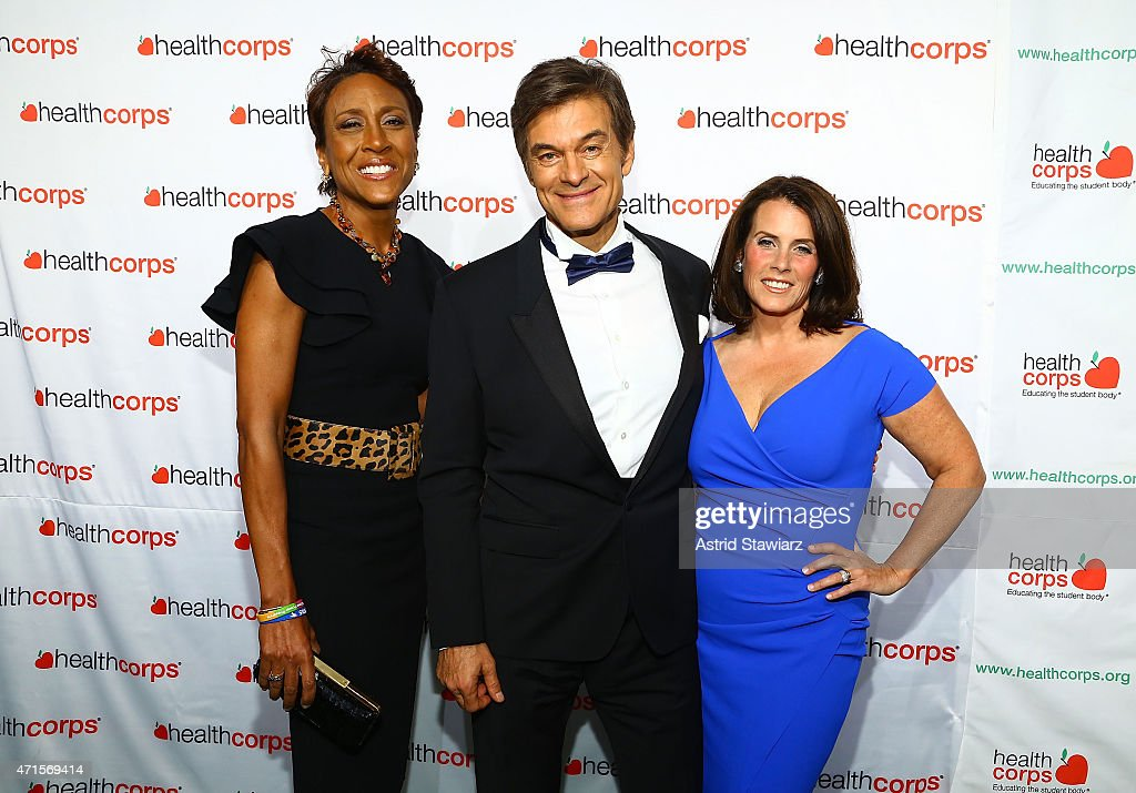Robin Roberts, Dr. Mehmet Oz and Lisa Oz attend HealthCorp's 9th Annual Gala at Cipriani Wall Street on April 29, 2015 in New York City.