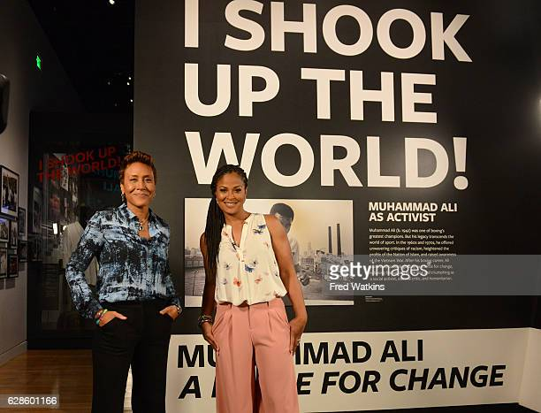 ROBERTS Robin Roberts tours the recently dedicated Smithsonian National Museum of African American History Culture with Laila Ali daughter of the...
