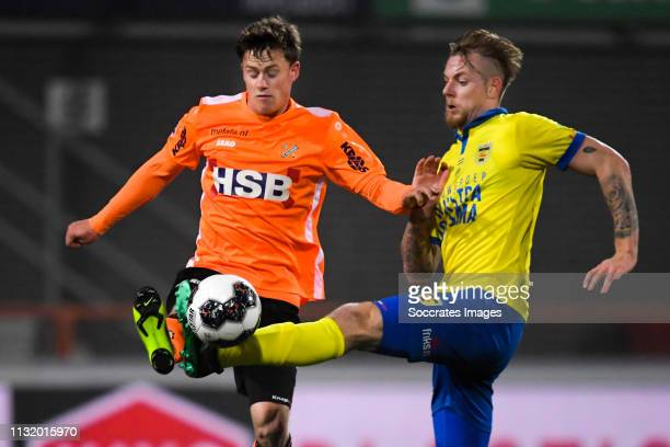 Robin Schouten of FC Volendam Kevin van Kippersluis of SC Cambuur during the Dutch Keuken Kampioen Divisie match between FC Volendam v SC Cambuur at...
