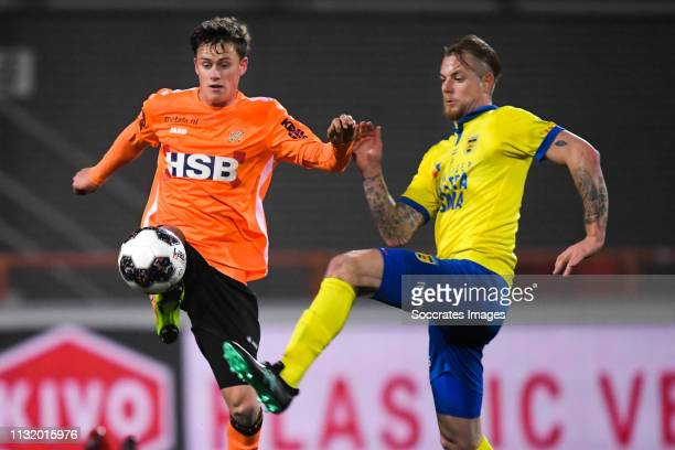 Robin Schouten of FC Volendam Kevin van Kippersluis of SC Cambuur during the Dutch Keuken Kampioen Divisie match between FC Volendam v SC Cambuur at...