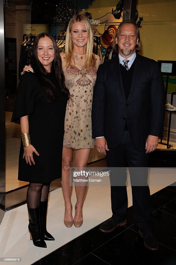Robin Standefer, Gwyneth Paltrow, and Stephen Alesch attend the goop mrkt grand opening event at The Shops at Columbus Circle on December 2, 2015 in New York City.