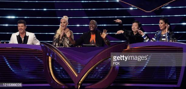 Robin Thicke Jenny McCarthy guest panelist Jay Pharoah Ken Jeong and Nicole Scherzinger in the A Day In the Mask The Semi Finals / After the Mask A...