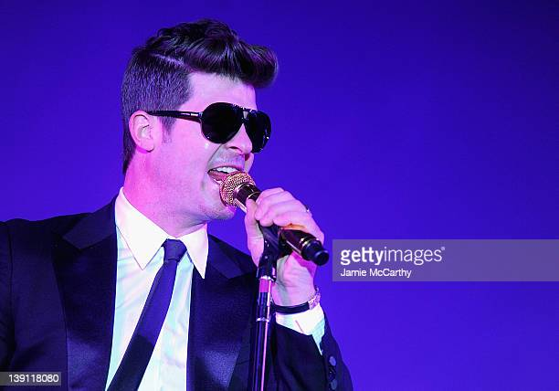 Robin Thicke performs at the 2012 Nomad's Way gala to benefit The Alem Program at The New York Public Library on February 16 2012 in New York City