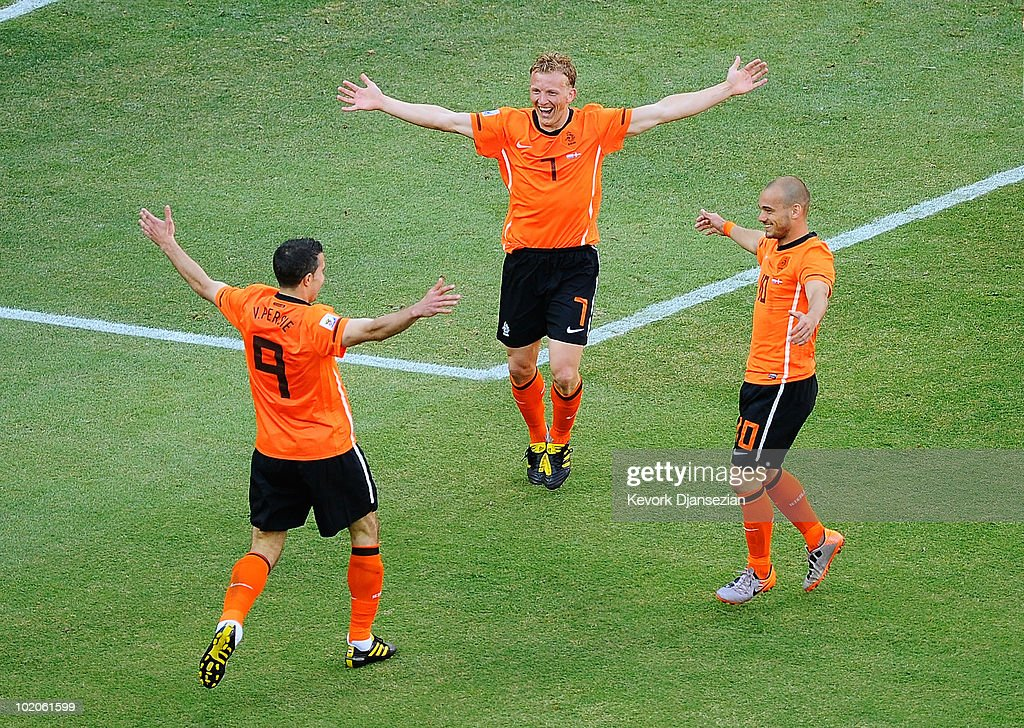Netherlands v Denmark: Group E - 2010 FIFA World Cup