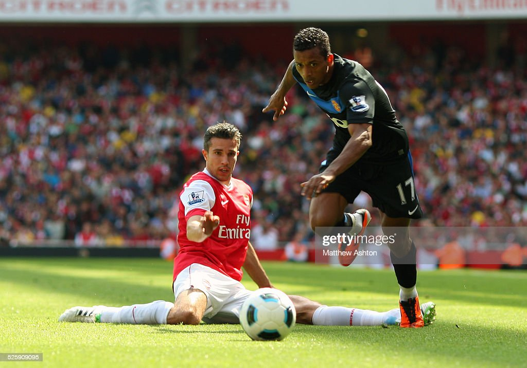 Soccer - Barclays Premier League - Arsenal v Manchester United : News Photo