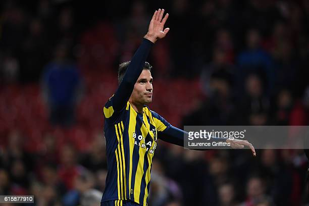 Robin van Persie of Fenerbahce applauds the fans following the final whistle during the UEFA Europa League Group A match between Manchester United FC...