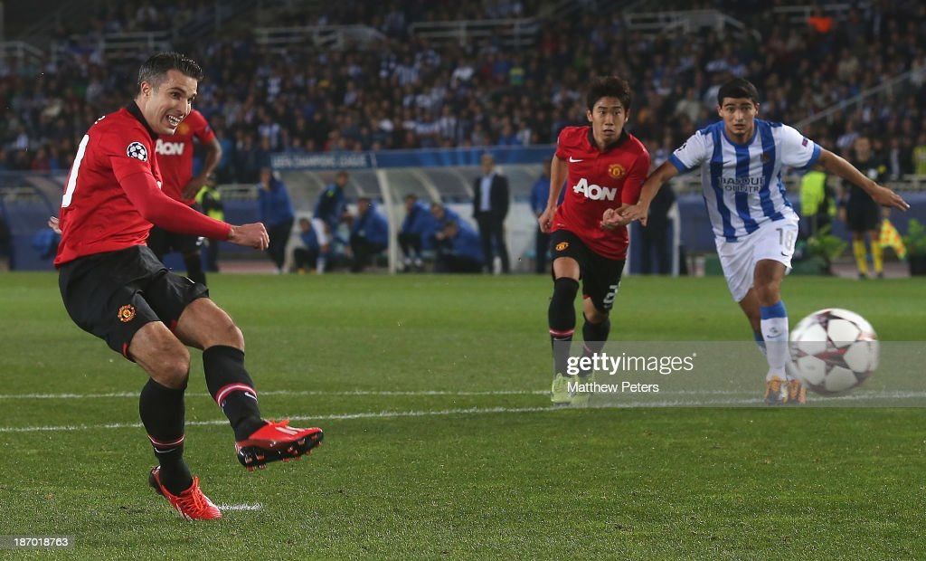 Robin van Persie of Manchester United misses a penalty during the UEFA Champions League Group A match between Real Sociedad and Manchester United at Estadio Anoeta on November 5, 2013 in San Sebastian, Spain.
