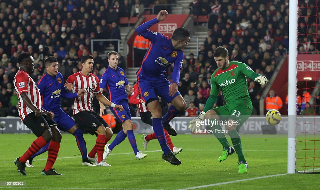 Robin van Persie of Manchester United scores their second goal during the Barclays Premier League match between Southampton and Manchester United at St Mary's Stadium on December 8, 2014 in Southampton, England.