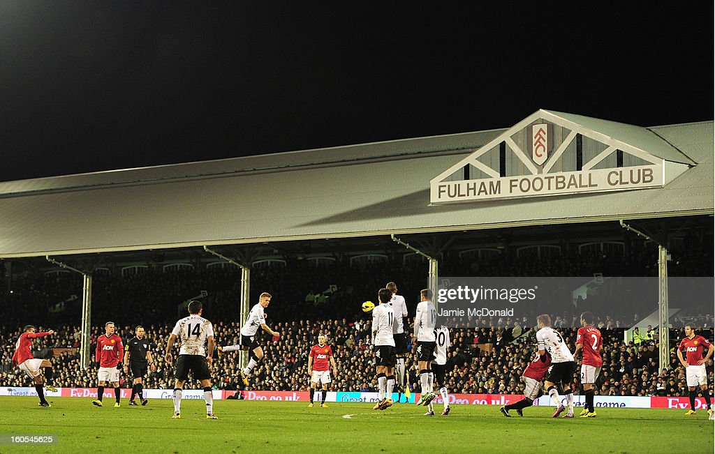 Robin van Persie of Manchester United takes a free kick during the Barclays Premier League match between Fulham and Manchester United at Craven Cottage on February 2, 2013 in London, England.