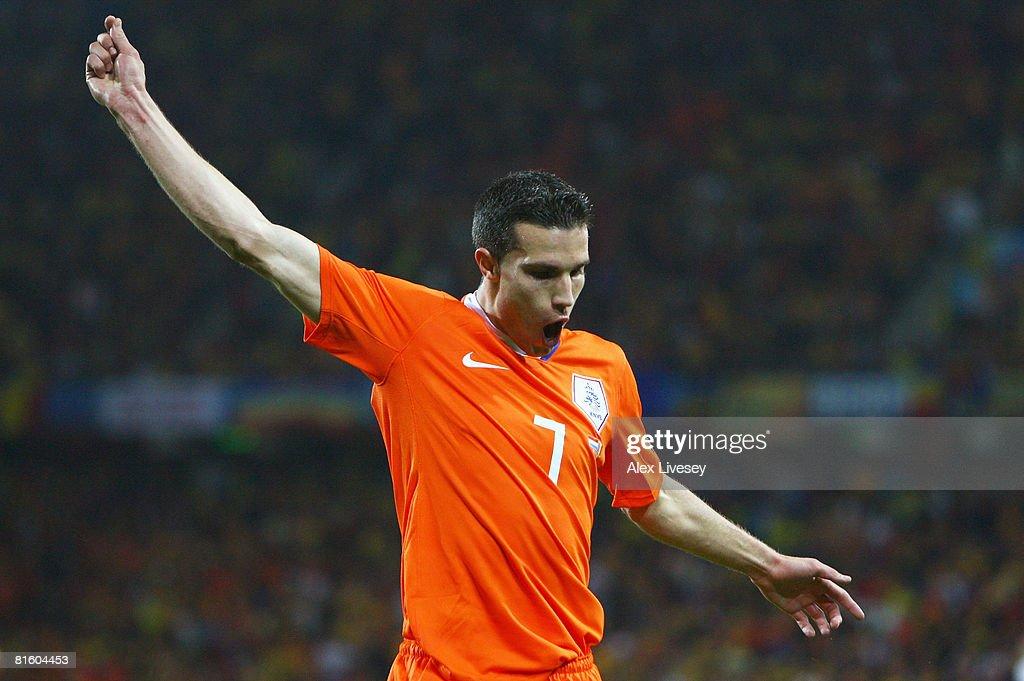 Netherlands v Romania - Group C Euro 2008 : News Photo