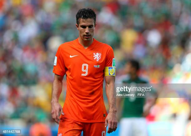Robin van Persie of the Netherlands reacts during the 2014 FIFA World Cup Brazil Round of 16 match between Netherlands and Mexico at Estadio Castelao...