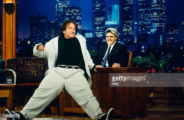 Robin Williams -- Air Date -- Episode 965 -- Pictured: Actor Robin Williams during an interviiew with host Jay Leno on August 5, 1996