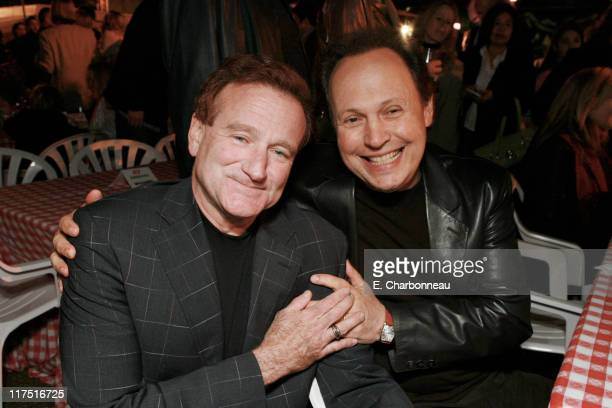 Robin Williams and Billy Crystal during Los Angeles Premiere of Columbia Pictures' 'RV' at Mann Village Theatre in Westwood California United States