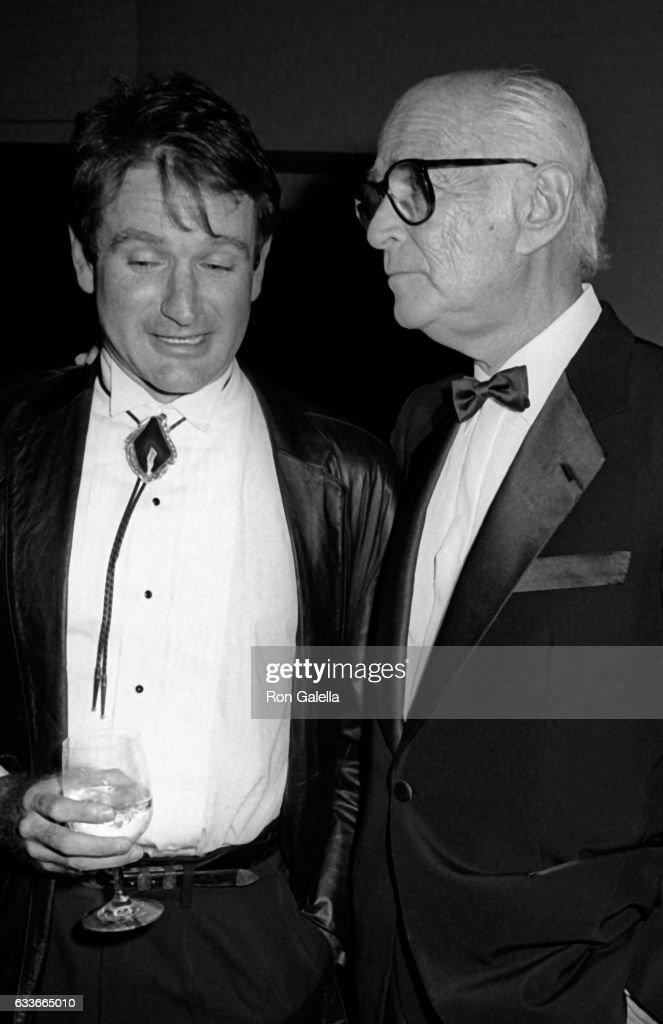 Robin Williams and Norman Lear attend the People for the American Way Benefit on October 25, 1985 at the Puck Building in New York City.