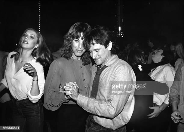 Qzo1ofydmi3zhm Velardi married robin williams in june 1978. 1