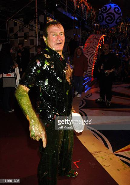 Robin Williams during Nickelodeon's 19th Annual Kids' Choice Awards - Backstage and Audience at Pauley Pavillion in Westwood, California, United...