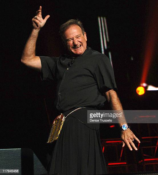 """Robin Williams during The Andre Agassi Charitable Foundation's 10th Annual """"Grand Slam for Children"""" Fundraiser - Show at MGM Grand Garden Arena in..."""