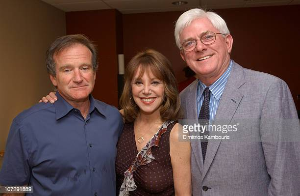 Robin Williams Marlo Thomas and Phil Donahue during St Jude Children's Research Hospital Shower of Stars 40th Anniversary Backstage and Show at...
