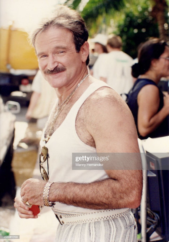 "Robin Williams Films ""The Birdcage"" In South Beach"