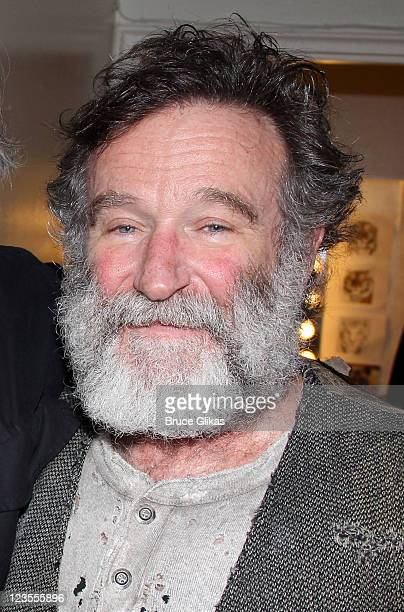 Robin Williams poses backstage at the hit play Bengal Tiger at the Baghdad Zoo on Broadway at The Richard Rogers Theater on April 24 2011 in New York...