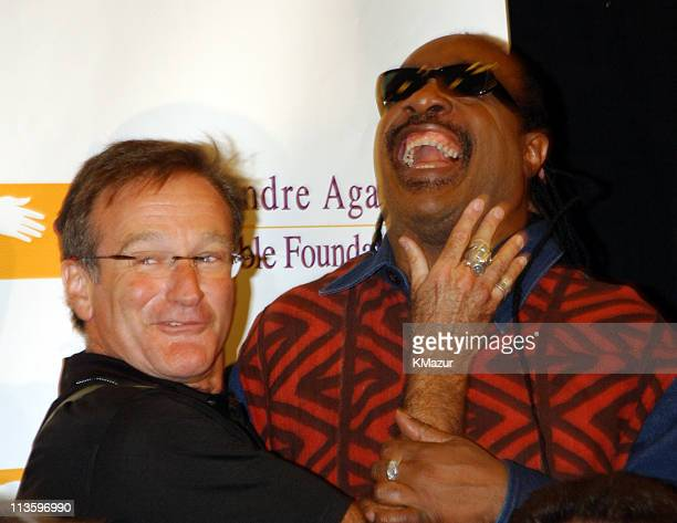 Robin Williams Stevie Wonder during Andre Agassi's 6th Grand Slam for Children Fundraiser Press Conference at MGM Grand Hotel in Las Vegas Nevada