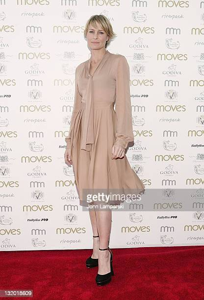 Robin Wright attends the Moves 2011 Power Women Awards at Riverpark on November 9 2011 in New York City