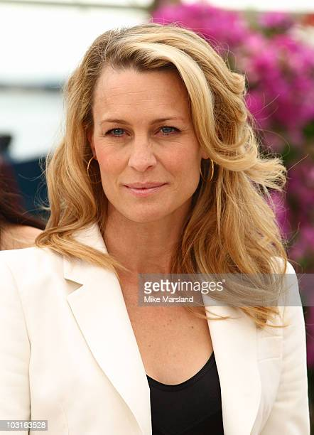 Robin Wright Penn attends the Jury Presentation Photocall at the Palais des Festivals during the 62nd International Cannes Film Festival on May 13...