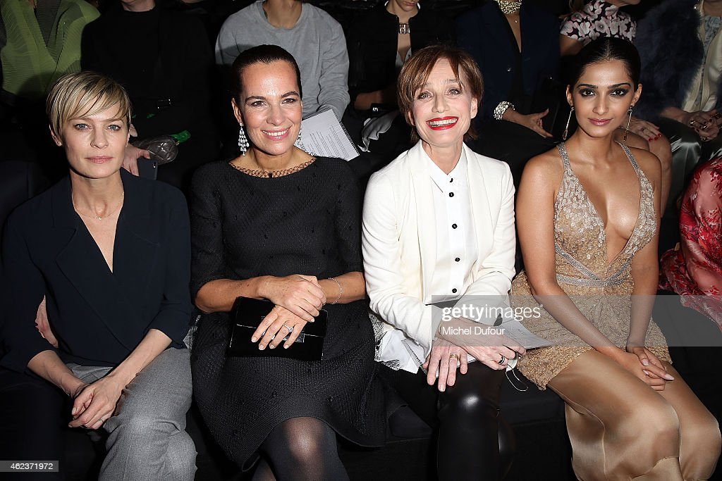Giorgio Armani Prive : Front Row - Paris Fashion Week - Haute Couture S/S 2015
