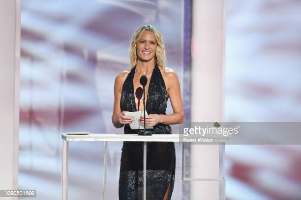 Robin Wright speaks onstage during the 25th Annual Screen Actors Guild Awards at The Shrine Auditorium on January 27, 2019 in Los Angeles,...