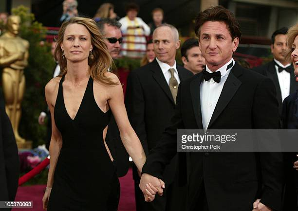 Robin Wright-Penn and Sean Penn during The 76th Annual Academy Awards - Arrivals by Chris Polk at Kodak Theatre in Hollywood, California, United...