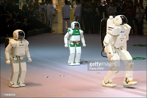 Robodex 2003 At Yokohama Kanagawa Prefectuer In Tokyo Japan On April 02 2003 Honda's Robot ASIMO and P3