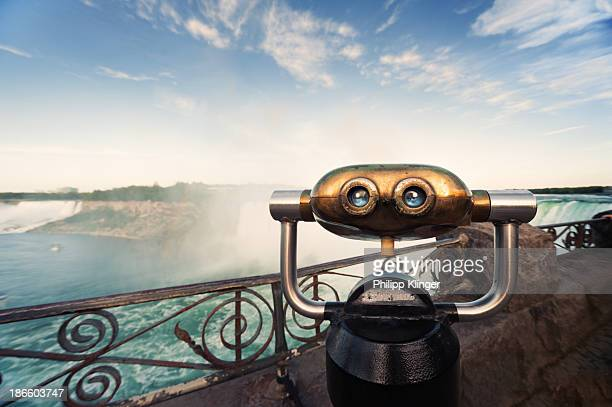 robot at niagara falls - niagara falls stock pictures, royalty-free photos & images