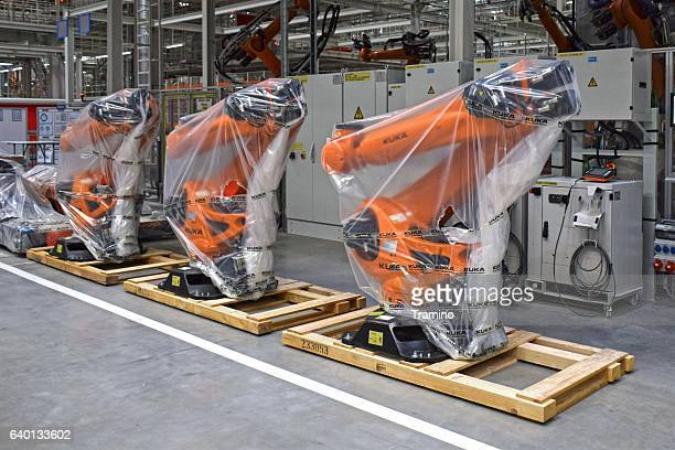 robots in the car factory - branch plant part stock pictures, royalty-free photos & images