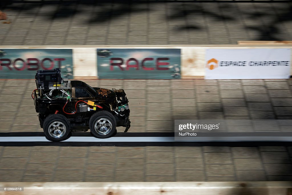 Robot Race in Toulouse : News Photo