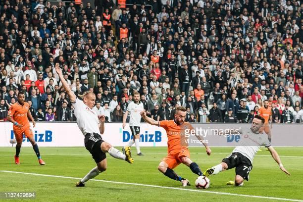 Robson de Souza of Istanbul Medipol Basaksehir Domagoj Vida of Besiktas JK Caner Erkin of Besiktas JK Edin Visca of Istanbul Medipol Basaksehir FK...