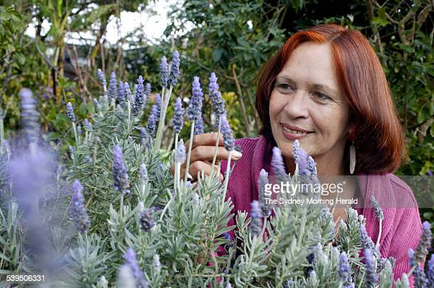 Robyn Francis permaculturalist runs Djanbung Gardens in Nimbin She is at the UNSW Eco Living Centre 14 August 2004 SMH Picture by QUENTIN JONES