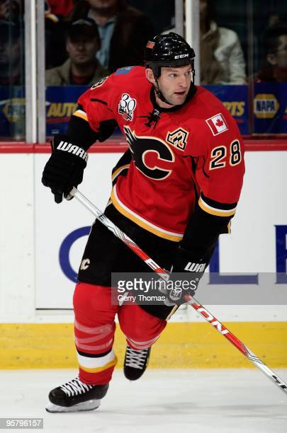 Robyn Regehr of the Calgary Flames skates against the Columbus Blue Jackets on January 8 2010 at Pengrowth Saddledome in Calgary Alberta Canada The...